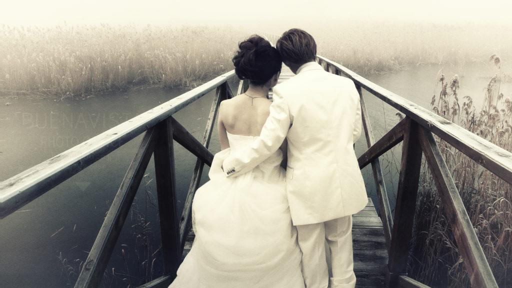 霧の橋に佇む前撮り